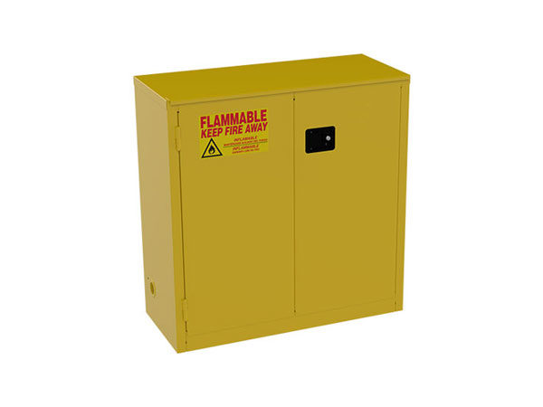 Safety Cabinets For Flammables (Bi-fold)